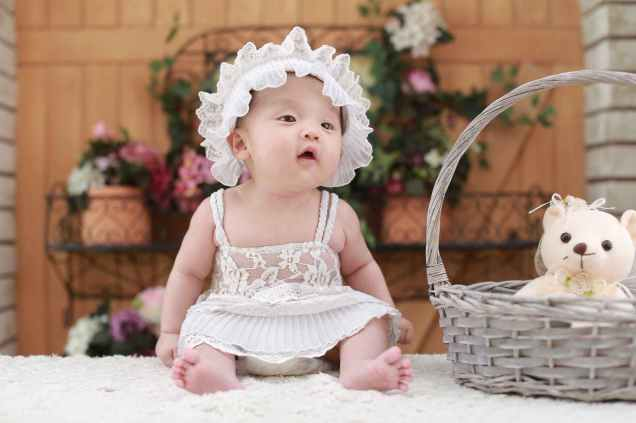 Can babies see auras?