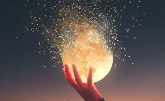 Moon in Cancer, power to your emotions