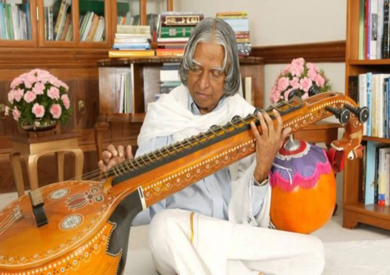 kalam-playing-veena.jpg
