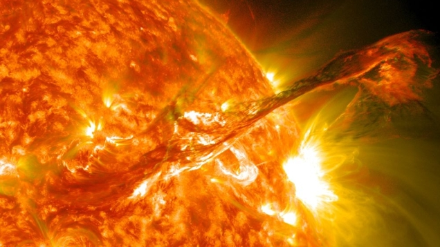 Sun in 4th or 10th, birth at midday or midnight